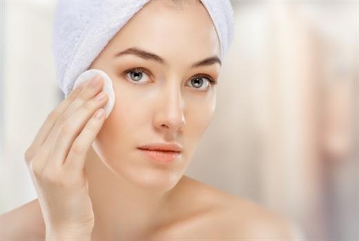 Các bước massage giúp loại bỏ nếp nhăn 2 bên cánh mũi