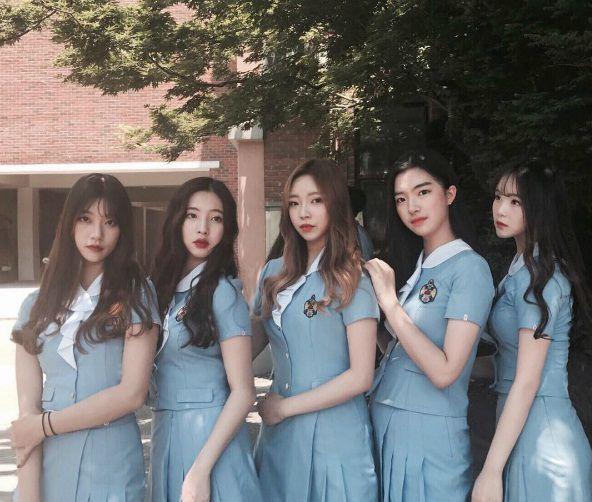 Kết quả hình ảnh cho Đồng phục học sinh Trung Quốc