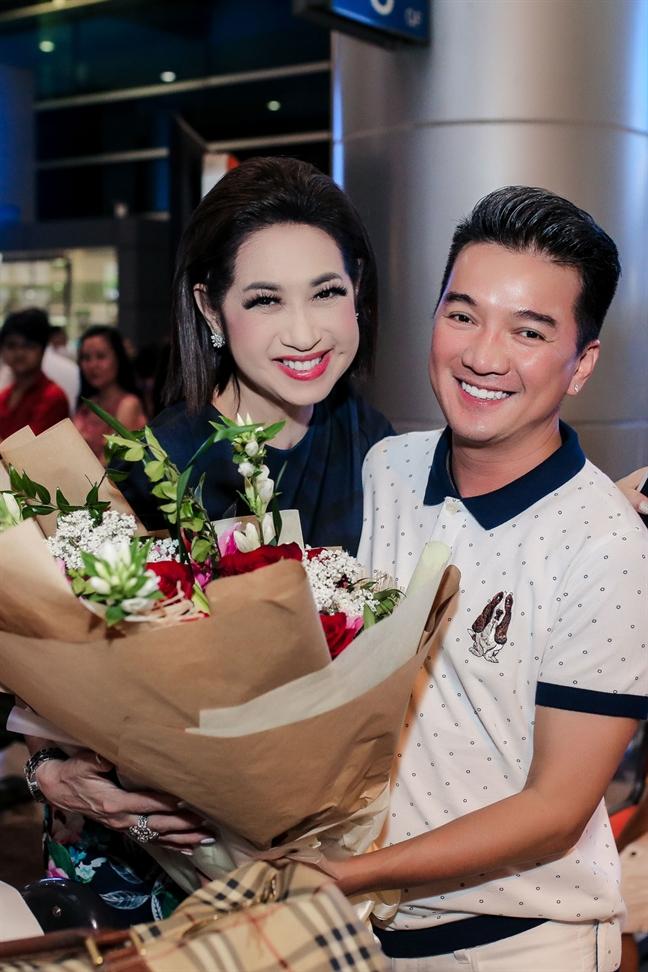 Dam Vinh Hung, Huong Lan hoa giong de ton vinh nghe si san khau tai hoa mien Nam - Anh 4