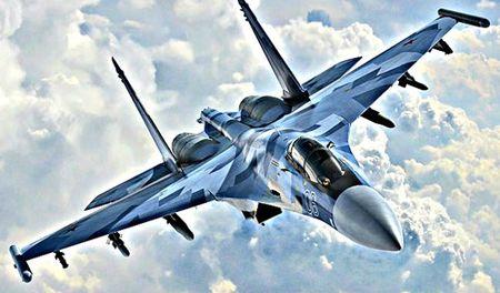 Nga 'chay' don hang voi chien dau co Su-35 - Anh 1