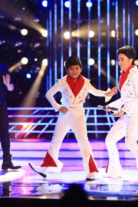 Guong mat than quen nhi 2015 tap 4: Minh Khang da chan het Elvis Presley - Anh 1