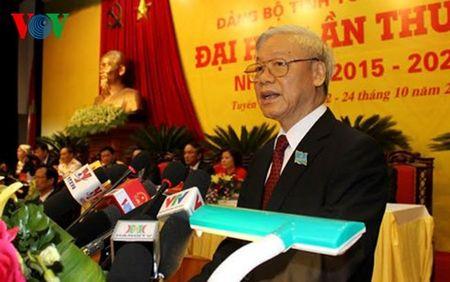 Tong Bi thu: Xay dung Dang bo trong sach la nhiem vu then chot - Anh 2