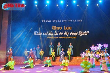 Huong ve ky niem 250 nam ngay sinh dai thi hao Nguyen Du - Anh 1