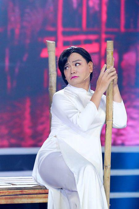 Tran Thanh vua khoc vua cuoi voi cau chuyen bat ma - Anh 2
