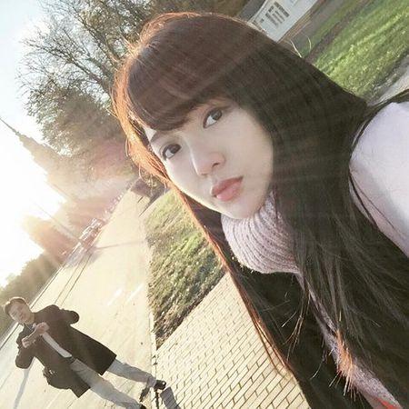 Hinh anh moi nhat cua hot girl Tu Linh sau scandal - Anh 2