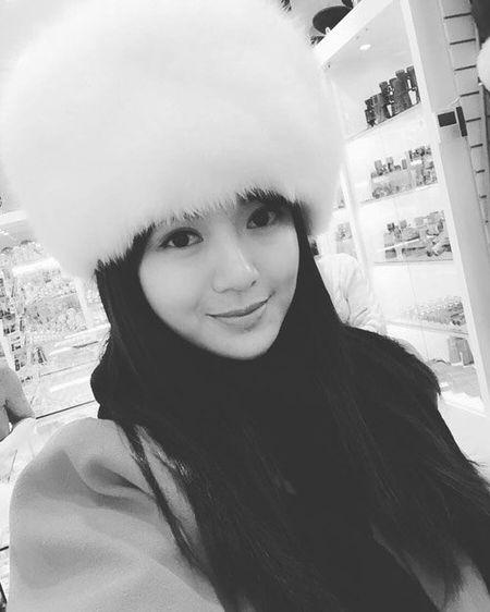Hinh anh moi nhat cua hot girl Tu Linh sau scandal - Anh 9