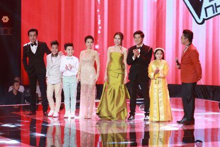 "Chung ket The Voice Kids 2015: Xuc dong cung ""Tinh me"" cua cau be ngheo - Anh 3"