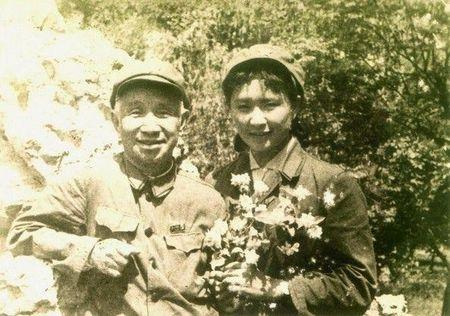 Bi mat ba nguoi dep la ban nhay cua Mao Trach Dong - Anh 3