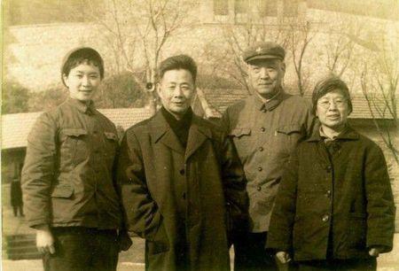 Bi mat ba nguoi dep la ban nhay cua Mao Trach Dong - Anh 4