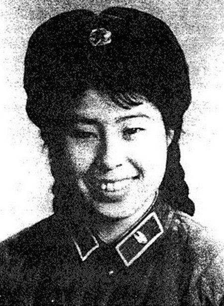 Bi mat ba nguoi dep la ban nhay cua Mao Trach Dong - Anh 6
