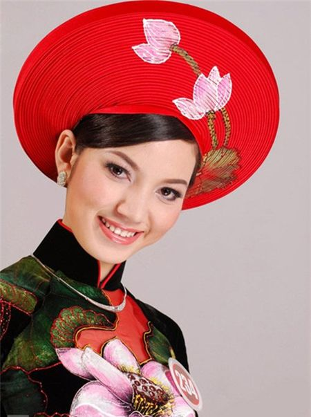 Nhung nguoi vo hoa hau cua sao nam Viet - Anh 11