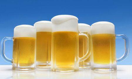 Cach lam lanh bia sieu nhanh trong 60 giay - Anh 1