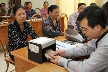 NHCSXH Hung Yen tra loi phan anh ve tinh lai vay HSSV - Anh 1