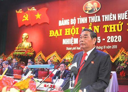 Dong chi Le Hong Anh phat bieu chi dao Dai hoi Dang bo tinh TT-Hue lan thu XV: Tiep tuc xay dung TT-Hue tro thanh thanh pho truc thuoc T.U - Anh 1