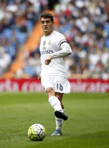 Goc thong ke: 96 ngay, Real Madrid mat ca doi hinh - Anh 1