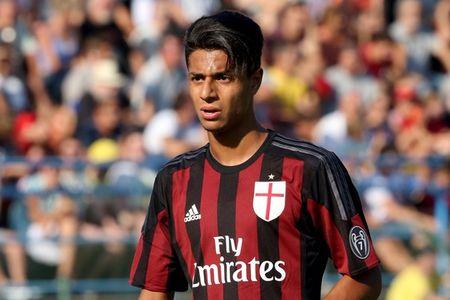 AC Milan cho sao tre di hoc viec - Anh 1