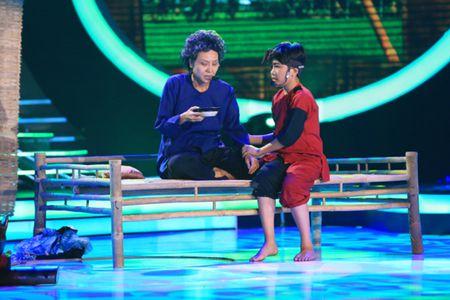 Guong mat than quen nhi: Hoai Linh, My Linh roi nuoc mat vi Gia Quy - Anh 1