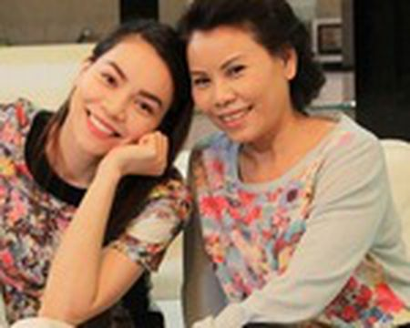 Lo dai gia luon theo sat Midu sau scandal voi Phan Thanh - Anh 12