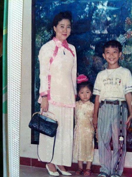 Sao Viet 24/10: Kha Ngan dau 'bet', Quynh Anh Shyn bi soi vong 1 'lep' - Anh 2