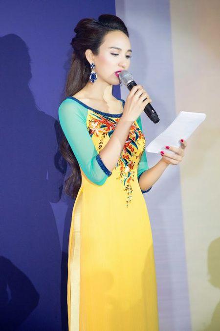 Cuoc song lam me don than dang kham phuc cua hoa hau Ngoc Diem - Anh 14