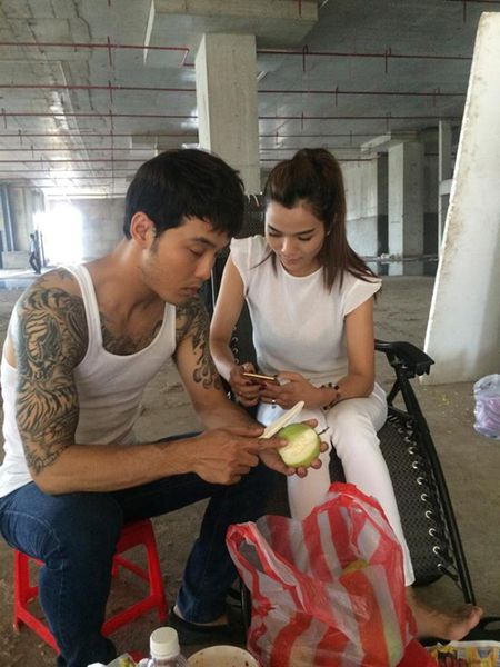 Ung Hoang Phuc - Kim Cuong: phim that, tinh that - Anh 1