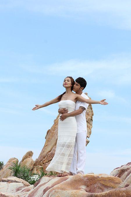 Ung Hoang Phuc - Kim Cuong: phim that, tinh that - Anh 4