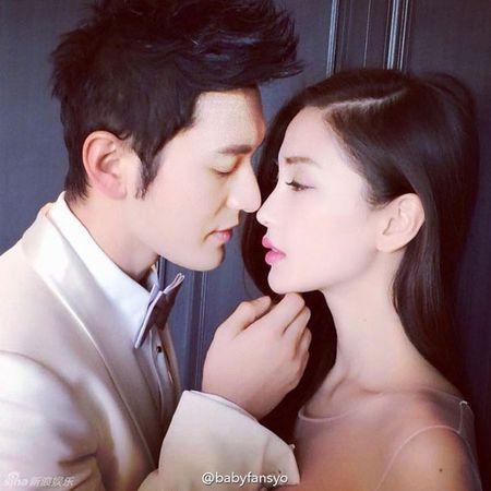 Huynh Hieu Minh va Angela Baby bi che nhao vi dinh rao ban tem cuoi - Anh 4