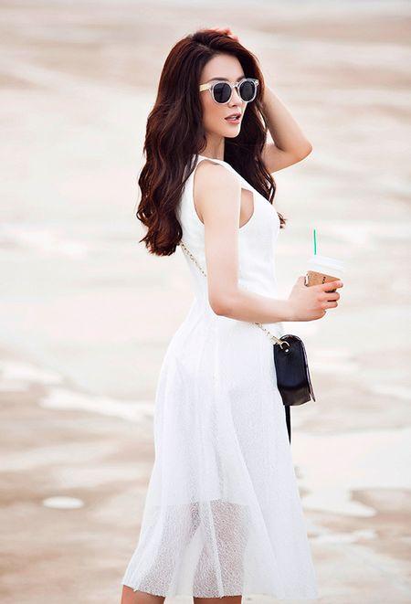 Diep Lam Anh tinh khoi xuong pho Thu - Anh 6