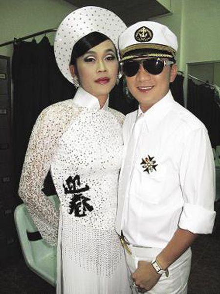 Dam Vinh Hung tung ho Hoai Linh la ... con Troi - Anh 2