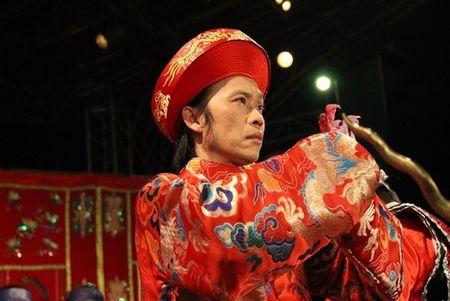Dam Vinh Hung tung ho Hoai Linh la ... con Troi - Anh 3