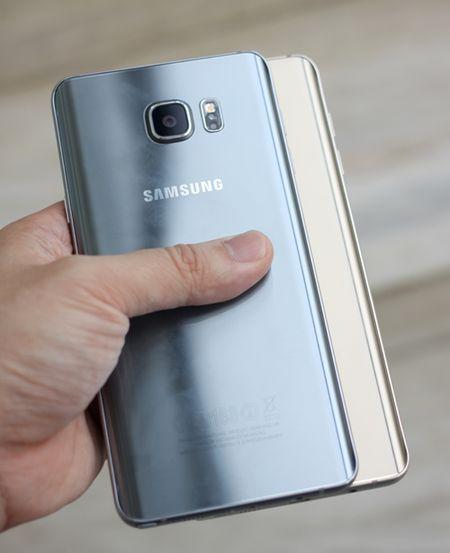 Galaxy Note 5 mau bac vua len ke o Viet Nam - Anh 8