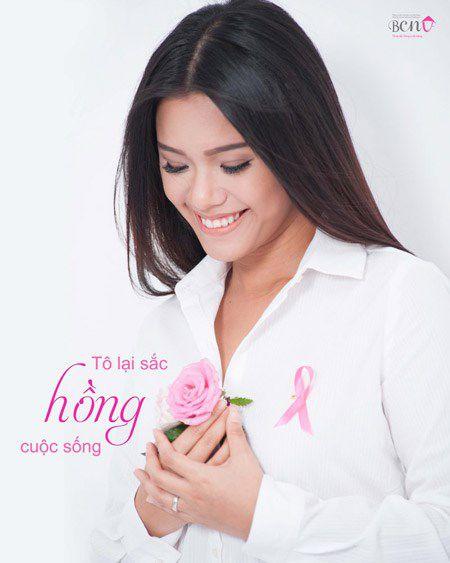 """""""Bo mac"""" can benh ung thu vu, me con Phuong Vy Idol thoa suc choi dua cung gia dinh - Anh 10"""