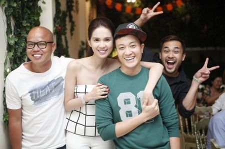 Ngoc Trinh hao hung khoe giong trong tiec dong may 'Vong eo 56' - Anh 6