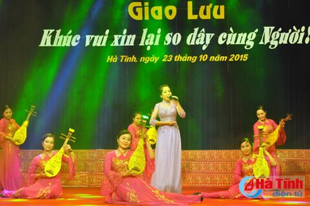 """Khuc vui xin lai so day cung Nguoi"" - Anh 5"