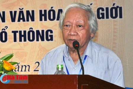 Dai thi hao dan toc - Danh nhan Van hoa the gioi trong chuong trinh ngu van pho thong - Anh 5