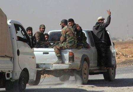 Quan doi Syria day manh tan cong, Nga mo mat tran chinh tri - Anh 1