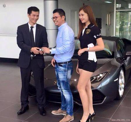 Lo dien chu nhan chiec Lamborghini Huracan dau tien tai Viet Nam - Anh 4