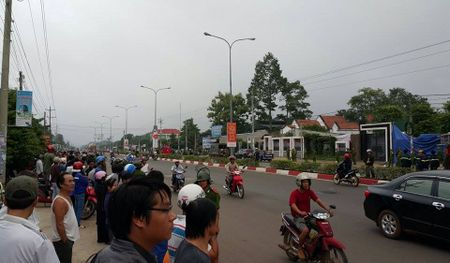 Thong tin chi tiet ve vu tham sat o tinh Binh Phuoc: Hanh vi qua tan doc - Anh 7