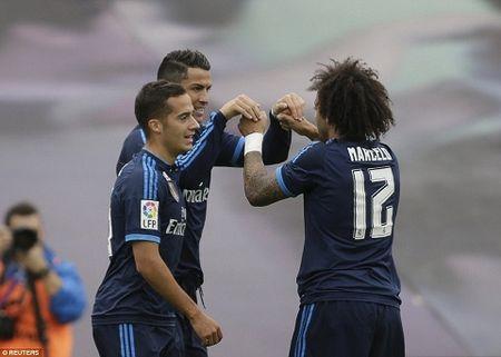 DIEM NHAN Celta Vigo 1-3 Real Madrid: Navas bat qua hay, tam tau JRV thang hoa - Anh 1