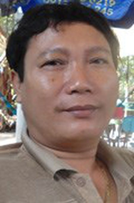 Phai cai thien bua com cho cong nhan - Anh 1