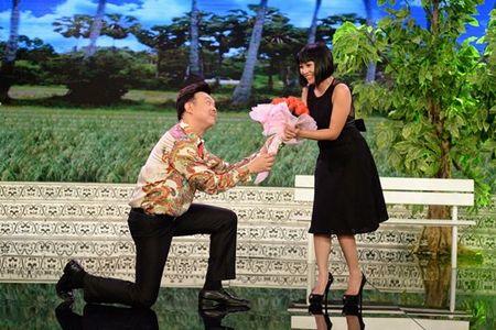 Chi Tai cau hon Phuong Thanh tren san khau - Anh 1