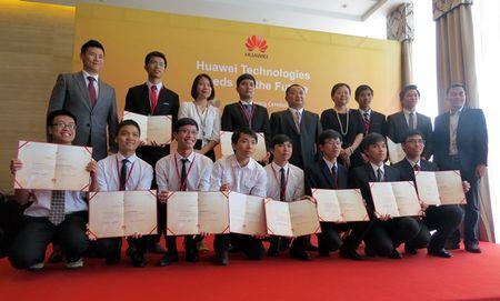 Huawei cam ket dong hanh cung Viet Nam trong phat trien nhan luc ICT - Anh 1