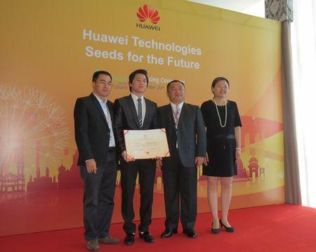 Huawei cam ket dong hanh cung Viet Nam trong phat trien nhan luc ICT - Anh 2