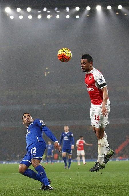 Arsenal 2-1 Everton (H2): Giroud sut doi xa - Anh 5