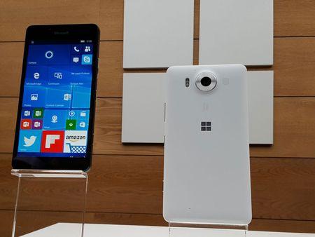 Doanh so ban smartphone Lumia sut giam tram trong - Anh 1
