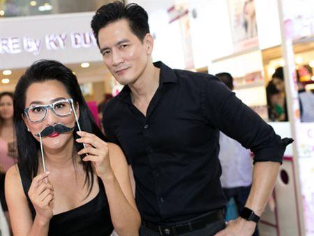 Nhac kheo My Tam, Ha Ho, MC Ky Duyen dang tao chu y? - Anh 1
