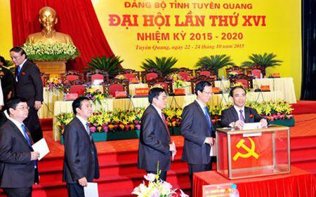 Ong Chau Van Lam tai cu Bi thu tinh Tuyen Quang - Anh 1