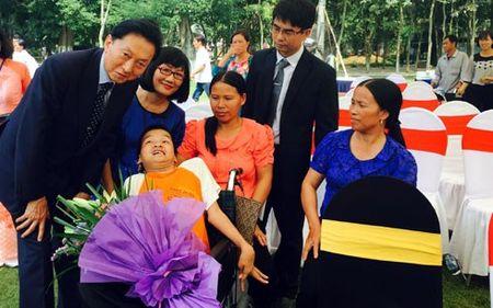 Cuu Thu tuong Nhat tang 50 xe lan cho cho tre chat doc da cam Viet Nam - Anh 2