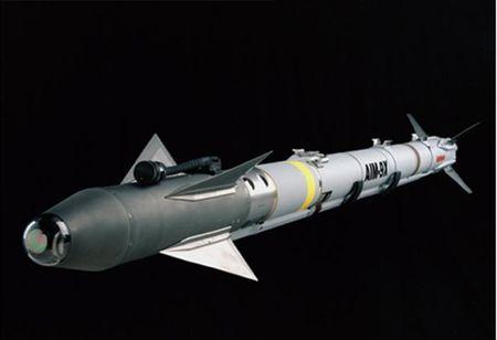Uy luc ten lua AIM-9X vua ban ha may bay Nga - Anh 3