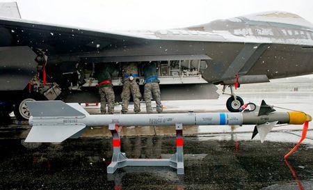 Uy luc ten lua AIM-9X vua ban ha may bay Nga - Anh 4